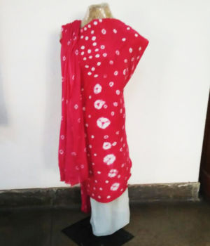 Fabric for kurta with dupatta : Rs 500/-